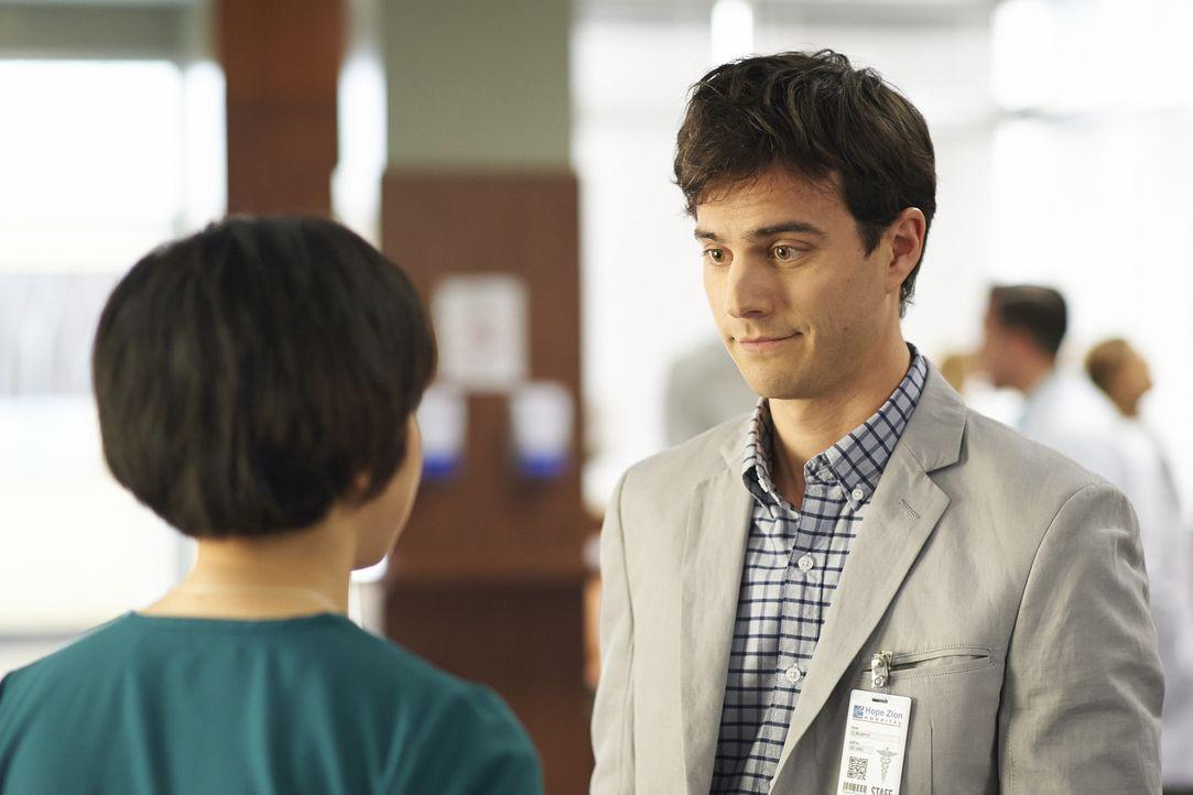 Die Beziehung zu Maggie ist für Gavin (Kristopher Turner) nicht immer einfach ... - Bildquelle: 2013  Hope Zee Two Inc.