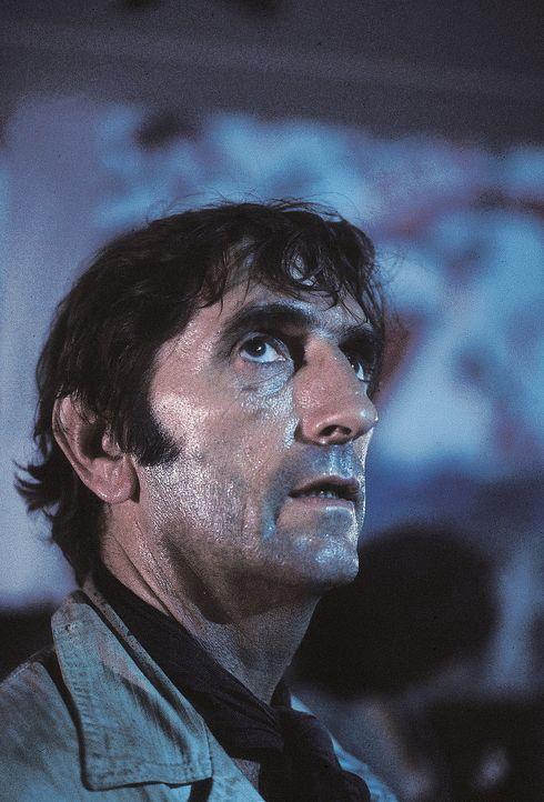 Brain (Harry Dean Stanton) sitzt in der Zwickmühle ... - Bildquelle: AVCO Embassy Pictures