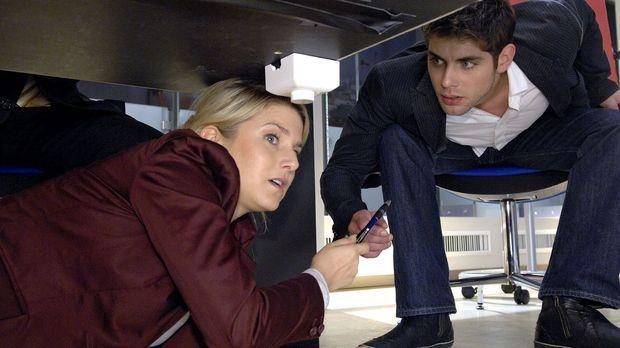 Jonas (Roy Peter Link, r.) ist fassungslos, als er Anna (Jeanette Biedermann,...