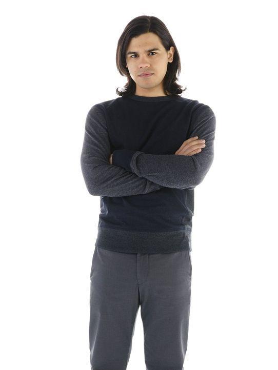 (1. Staffel) - Kennt Barry Allens Geheimnis: Cisco Ramon (Carlos Valdes) ... - Bildquelle: Warner Brothers.