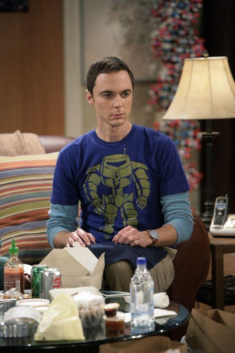 Sheldon (Jim Parsons), Raj und Howard hören eine Grille zirpen. Sheldon wettet mit Howard, dass er aus der Häufigkeit der Zirplaute der Grille auf... - Bildquelle: Warner Bros. Television