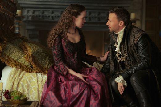 Reign - Wie wird Lola (Anna Popplewell, l.) reagieren, als Narcisses (Craig P...