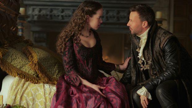 Wie wird Lola (Anna Popplewell, l.) reagieren, als Narcisses (Craig Parker, r...