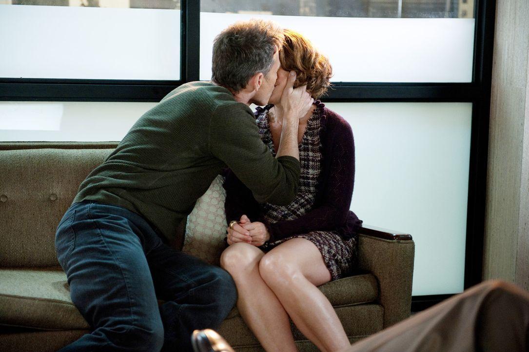 Hat ihre Beziehung noch eine Chance? Pete (Tim Daly, l.) und Violet (Amy Brenneman, r.) ... - Bildquelle: ABC Studios