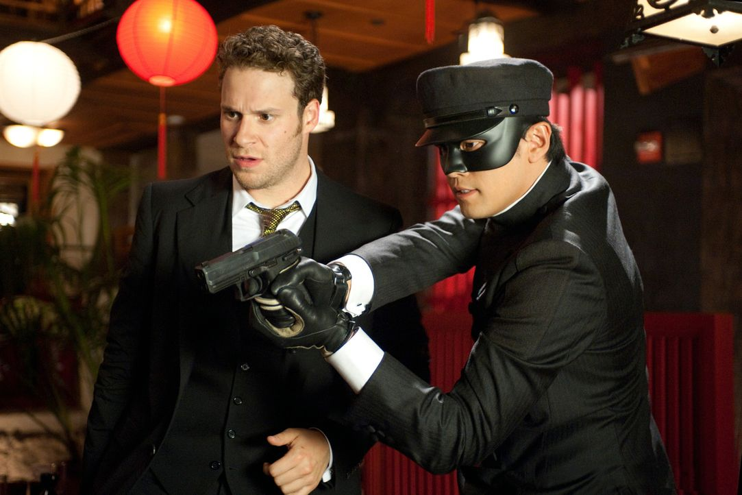 Als Kato (Jay Chou, r.) die Fronten wechselt, hat Britt (Seth Rogen, l.) eine gute Chance zu überleben ... - Bildquelle: Motion Picture   2011 Columbia Pictures Industries, Inc. All Rights Reserved.