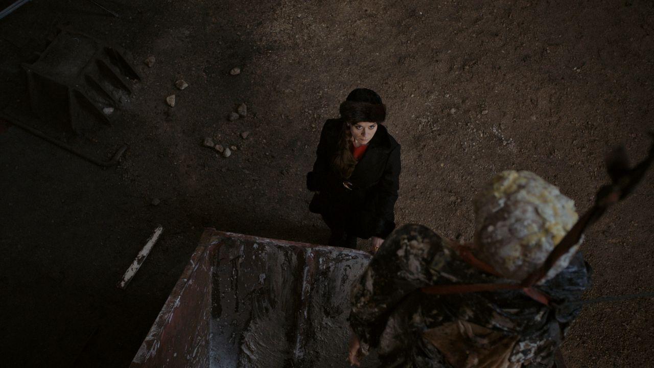 Im osteuropäischen Pseudostaat Transnistrien werden zwei fast vollständig zersetzte Leichen gefunden. Kann Dr. Abel den Mord aufklären? - Bildquelle: Sonja Rom Sat.1/Sonja Rom