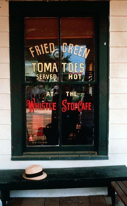 """Das """"Whistle Stop Café"""" im kleinen Ort Alabama - Bildquelle: Copyright ITV plc (Granada International)"""