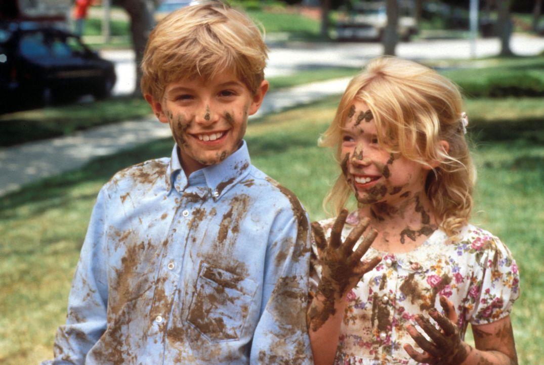 Die Zwillinge Jason (Brady Bluhm, l.) und Bea (Rachel Duncan, r.) haben nur Flausen im Kopf ... - Bildquelle: Disney