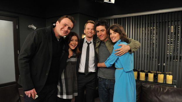 Gute Freunde: Ted (Josh Radnor, 2.v.r.), Marshall (Jason Segel, l), Barney (N...