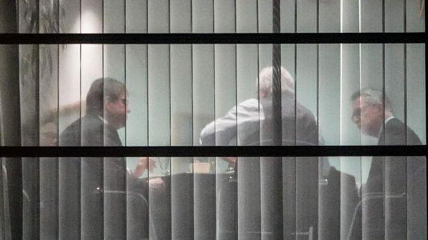 Unterhändler von Union und SPD sitzen zusammen