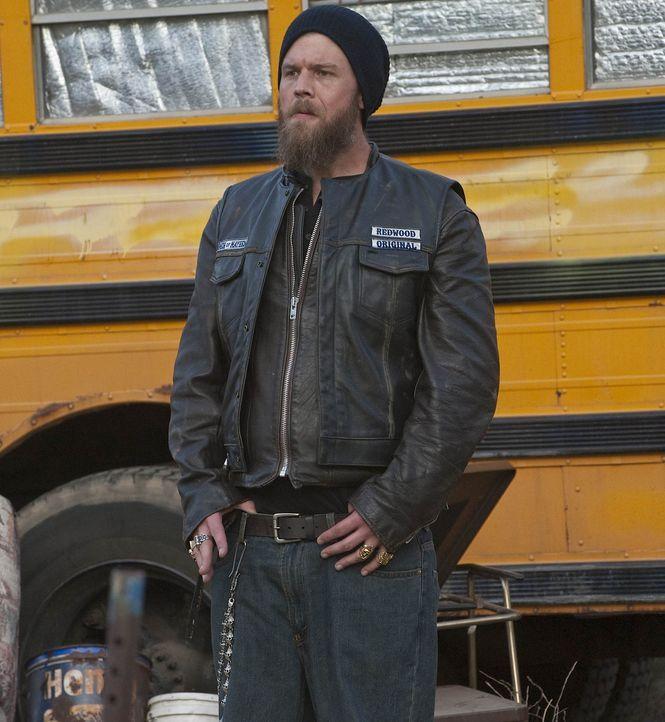 """Als Opie (Ryan Hurst) erfährt, dass Jax die """"Sons of Anarchy"""" verlassen will, ist er alles andere als erfreut. Er verspricht ihm jedoch, ihn gehen... - Bildquelle: 2009 Twentieth Century Fox Film Corporation and Bluebush Productions, LLC. All rights reserved."""