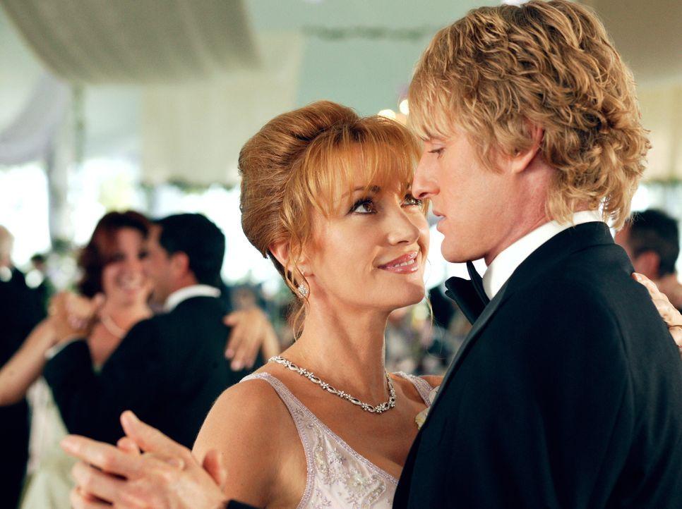 Als die Tochter von Finanzminister William Cleary und seiner Frau Kathleen (Jane Seymour, l.) Hochzeit feiert - zweifellos das größte gesellschaftli... - Bildquelle: Warner Bros. Television