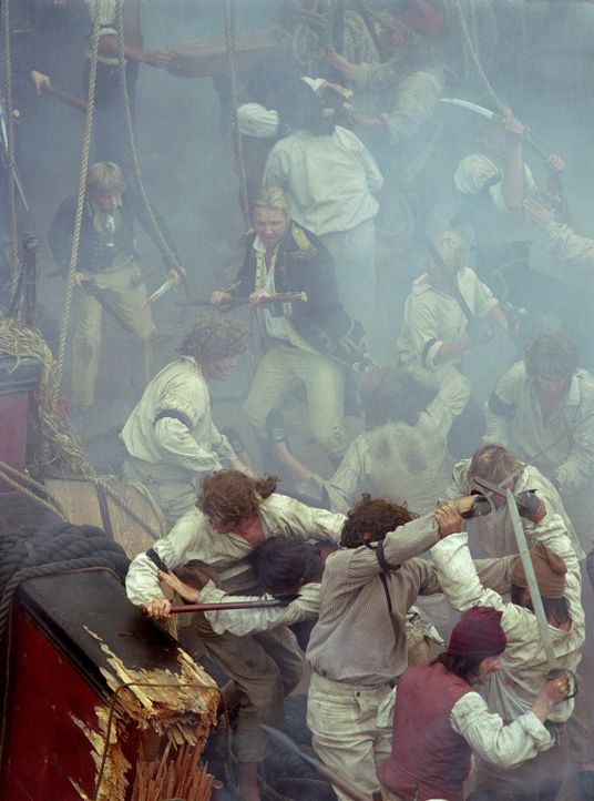 "Zur Zeit des Napoleonischen Krieges: Zwischen der Besatzung der ""HMS Surprise"" und der Crew der gefürchteten französischen ""Acheron"" entbrennt ein K... - Bildquelle: 2003 Twentieth Century Fox Film Corporation, Miramax Film Corp. and Universal City Studios LLLP. All rights reserved."