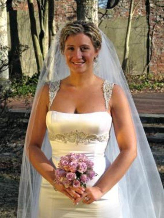Die Siegerin gewinnt traumhafte Luxus-Flitterwochen, natürlich mit ihrem neuen Ehemann. Ist Anastasia  die Glückliche? - Bildquelle: 2009 Discovery Communications, LLC
