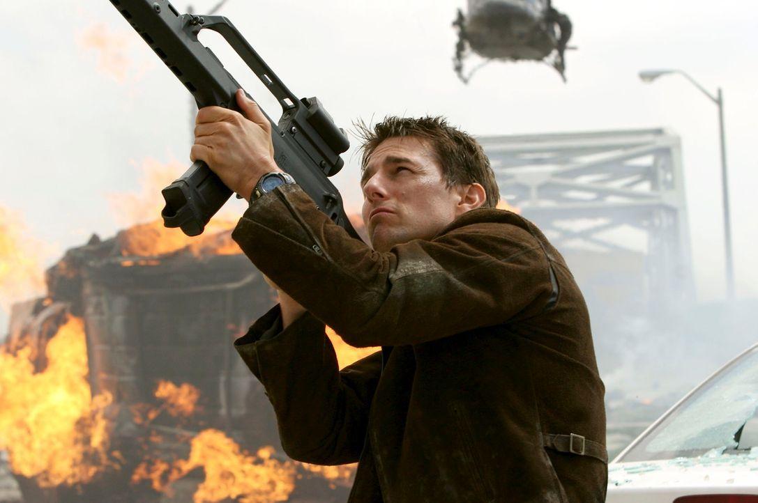 Der Kriminelle Owen Davian hat Hunts (Tom Cruise) ehemalige Schülerin Lindsey Farris entführt und getötet - Hunt schwört blutige Rache ... - Bildquelle: 2005 by PARAMOUNT PICTURES. All Rights Reserved.
