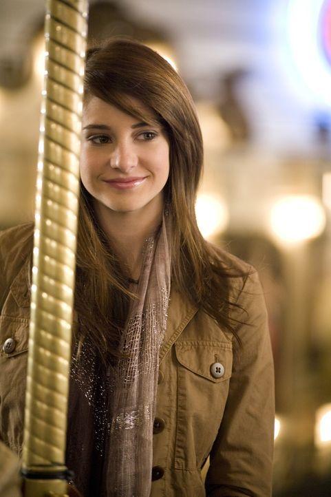 Die süße Amy (Shailene Woodley) ist sehr glücklich mit Ben - doch lange kann sie ihre Schwangerschaft nicht mehr verdrängen.... - Bildquelle: ABC Family