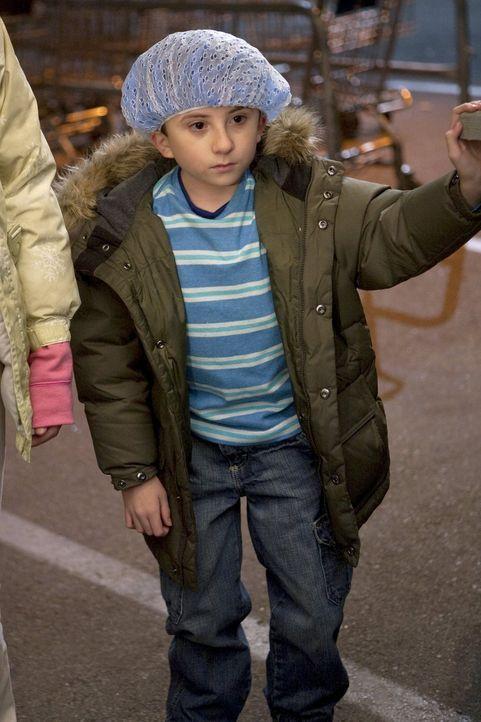 Interessiert sich für den neuen Job seines Vaters als Kuchenlieferant: Brick (Atticus Shaffer) ... - Bildquelle: Warner Brothers