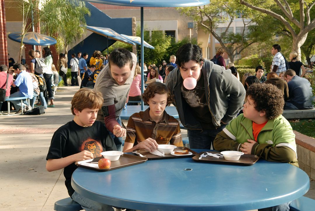 Die drei Jungen Emmit (David Dorfman, l.), Ryan (Troy Gentile, r.) und Wade (Nate Hartley, M.) werden an ihrer Schule ständig von den viel älteren F... - Bildquelle: 2007 Paramount Pictures