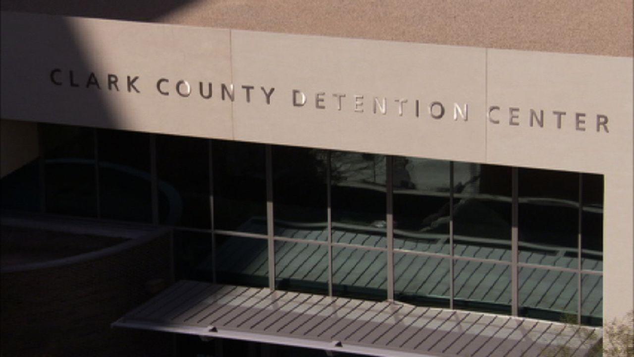 Das Clark County Detention Center (CCDC) in Las Vegas ist eine Zwischenstation für die Insassen. Vor Gericht entscheidet sich, ob sie in die Freihei... - Bildquelle: James Peterson Part2 Pictures