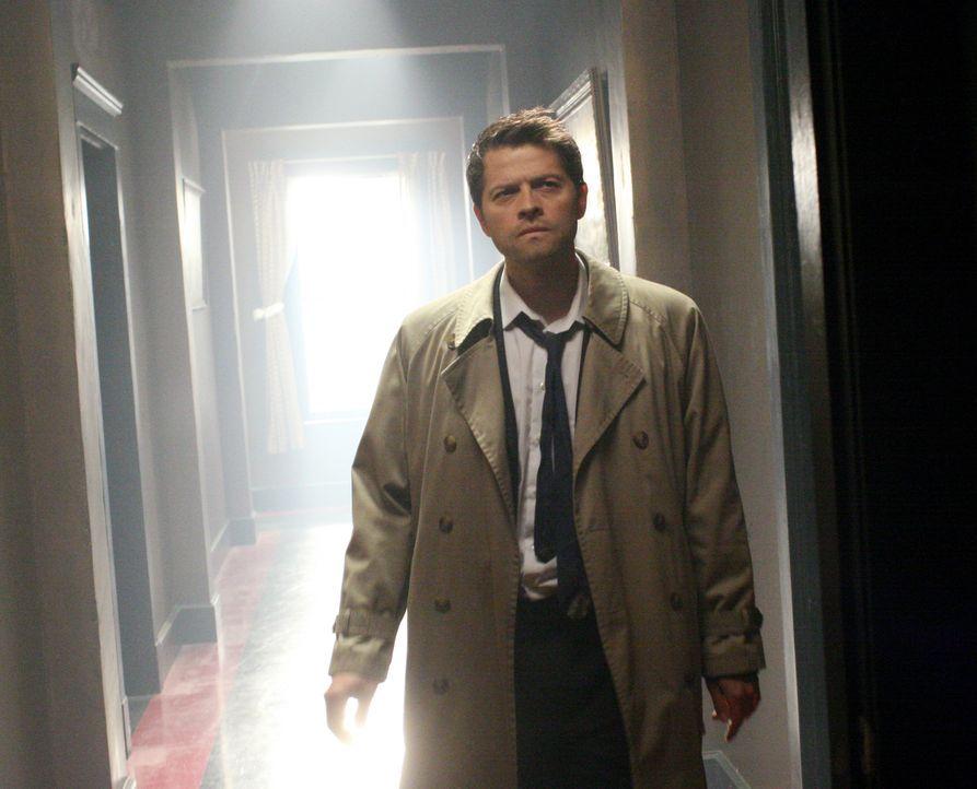 Gemeinsam mit Dean und Sam, versucht Castiel (Misha Collins) Luzifer zu besiegen, doch wird es ihnen gelingen? - Bildquelle: Warner Bros.