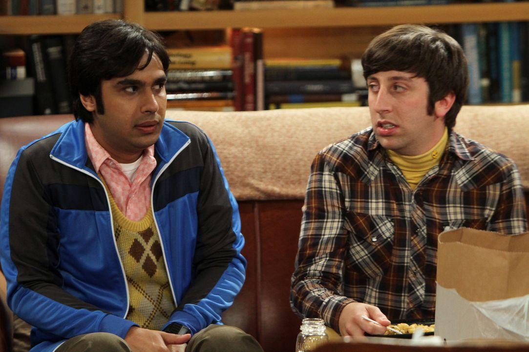 Sind überrascht als ihnen Sheldon mitteilt, dass er seinen Ernährungsplan umgestellt hat: Koothrappali (Kunal Nayyar, l.) und Wolowitz (Simon Helb... - Bildquelle: Warner Bros. Television