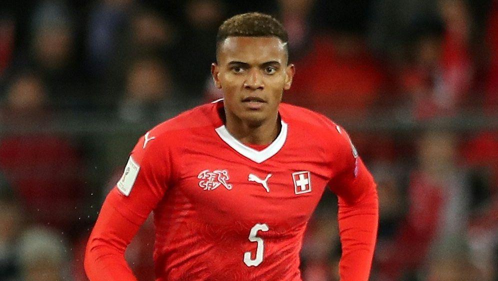 Schweizer Manuel Akanji könnte bald beim BVB spielen - Bildquelle: FIROFIROSID