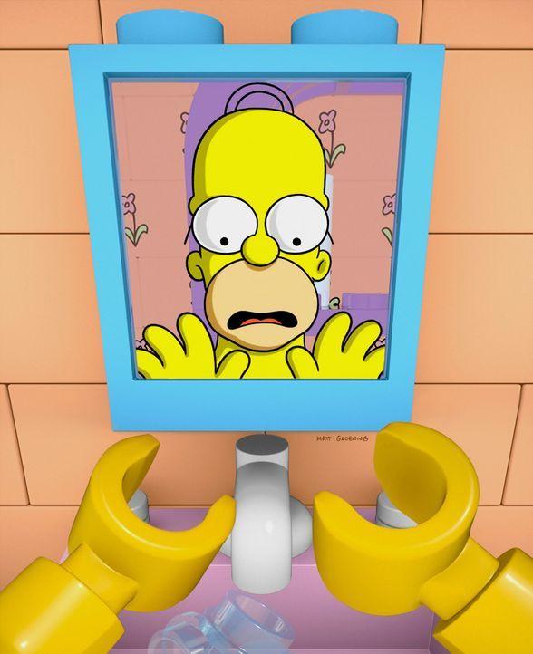 Als der Lego-Homer sein menschliches Spiegelbild sieht, dämmert ihm, dass die Legowelt nicht real ist und er irgendwie versuchen muss, in die Wirkli... - Bildquelle: 2013 Twentieth Century Fox Film Corporation. All rights reserved.