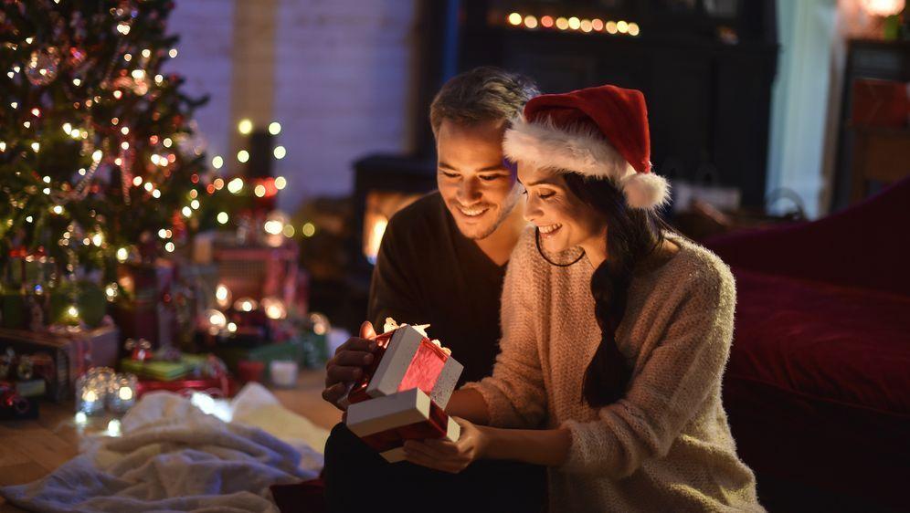 Geschenke für die Freundin an Weihnachten | Partnerschafftstipps