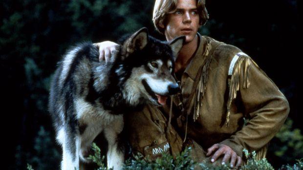 Alaska 1906. Der junge Henry Casey (Scott Bairstow) lebt in der Wildnis. Sein...