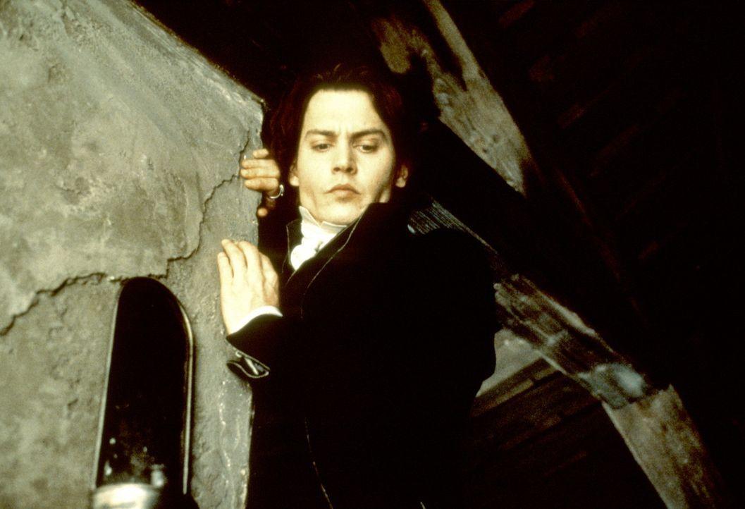 Gendarm Ichabod Crane (Johnny Depp) auf der Flucht vor dem kopflosen Reiter ... - Bildquelle: Constantin Film