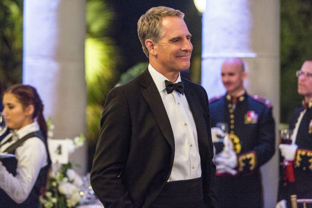Eine Benefiz-Gala endet für Pride (Scott Bakula) und sein Team, mit einem schrecklichen Bombenanschlag ... - Bildquelle: 2014 CBS Broadcasting Inc. All Rights Reserved.