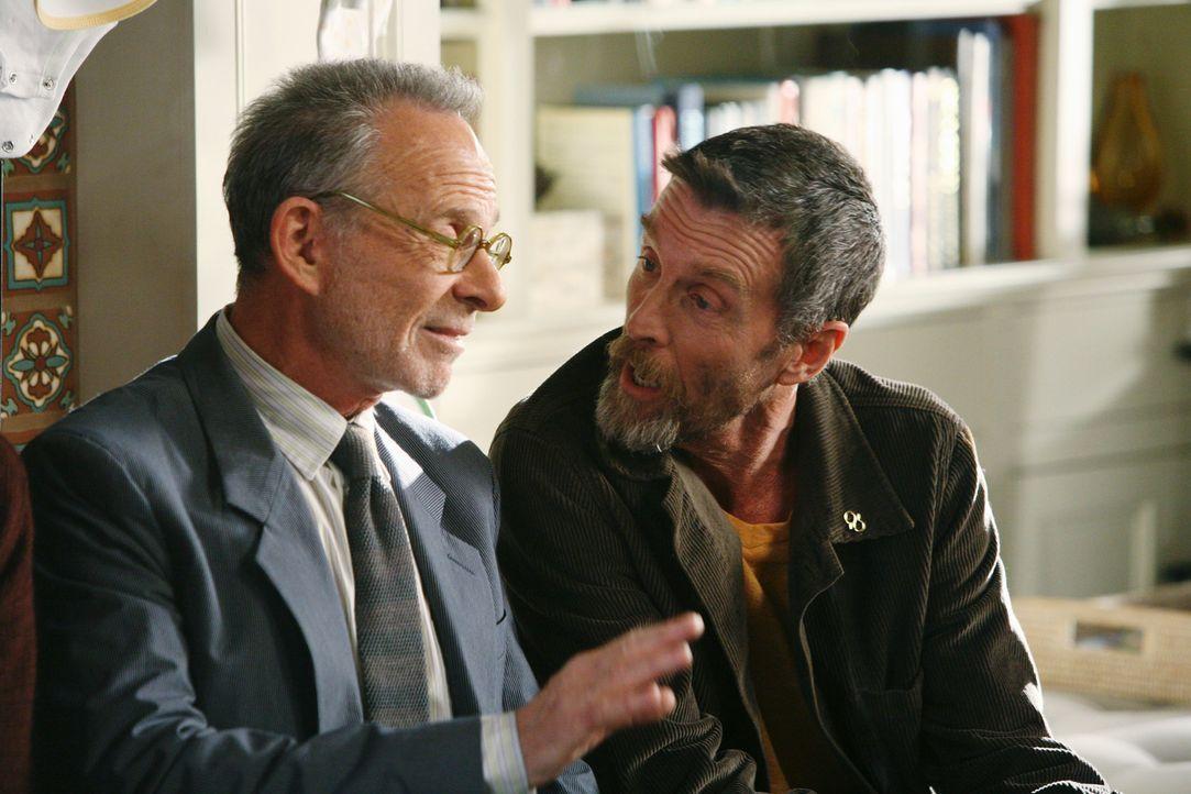 Sauls (Ron Rifkin, l.) erster Freund seit dem Coming-Out: Henry (John Glover, r.) ... - Bildquelle: 2008 ABC INC.