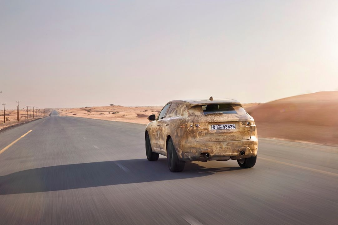 Jag_FPACE_Hot_Test_Image_290715_02_small - Bildquelle: Jaguar