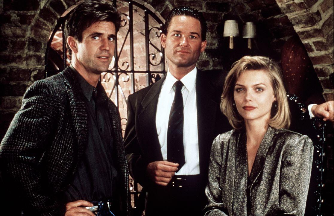 Dale McKussic (Mel Gibson, l.) und Nick Frescia (Kurt Russell, M.) kennen sich noch aus Highschool-Zeiten. Regelmäßig treffen sie sich im Restaurant... - Bildquelle: Warner Bros.