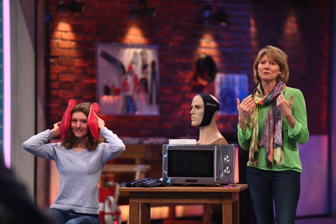 Annika Sannemüller (l.); Karin Sannemüller (r.) - Bildquelle: Willi Weber ProSieben/Willi Weber