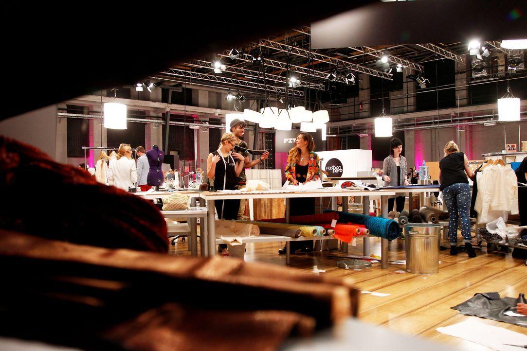 Fashion-Hero-Epi01-Atelier-59-ProSieben-Richard-Huebner - Bildquelle: ProSieben / Richard Huebner