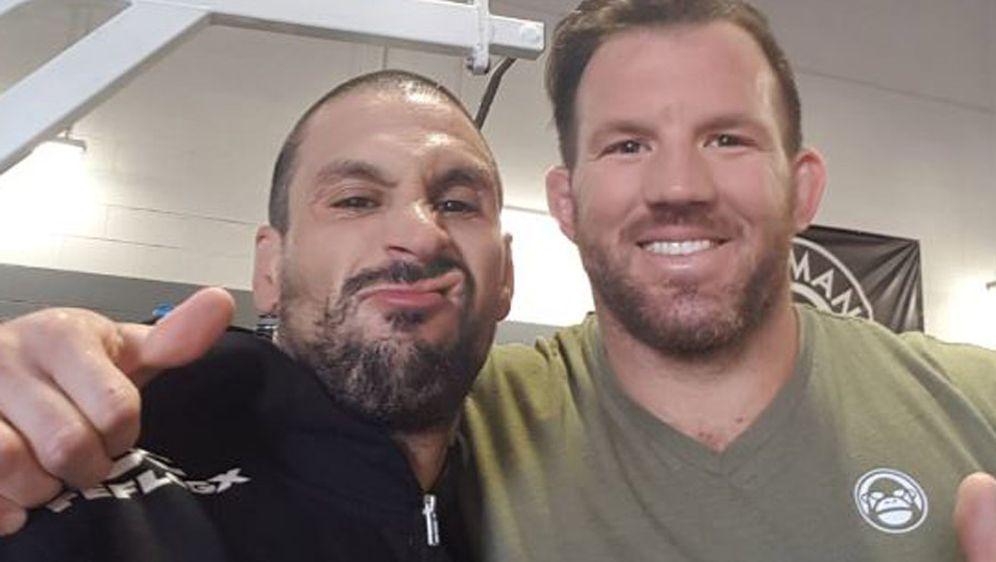 Nordin Asrih (l.) trainierte in Arizona mit UFC-Star Ryan Bader - Bildquelle: privat