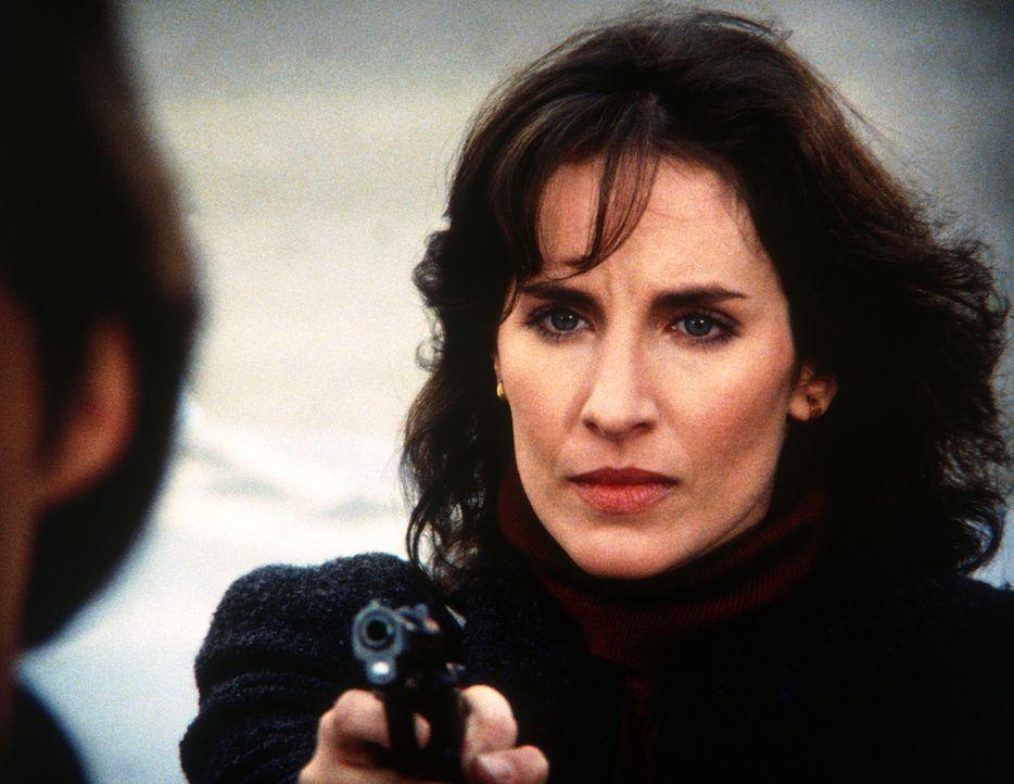 Ein Opfer des KGBs? Eva (Andrea Marcovicci) sollte man mit Vorsicht genießen - für den verliebten Lee ist dies nicht einfach zu beherzigen ... - Bildquelle: CBS Television