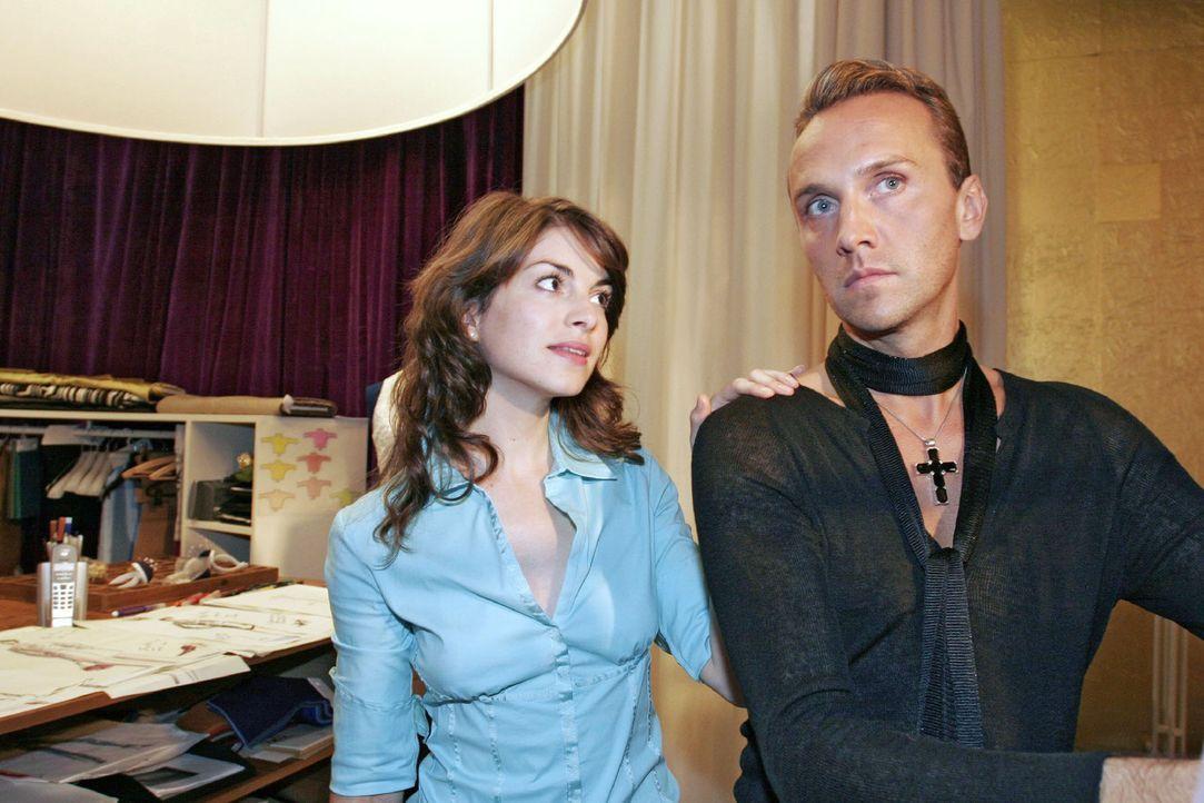 Mariella (Bianca Hein, l.) bittet Hugo (Hubertus Regout, r.), mit ihrer Mutter zu kooperieren. - Bildquelle: Noreen Flynn Sat.1