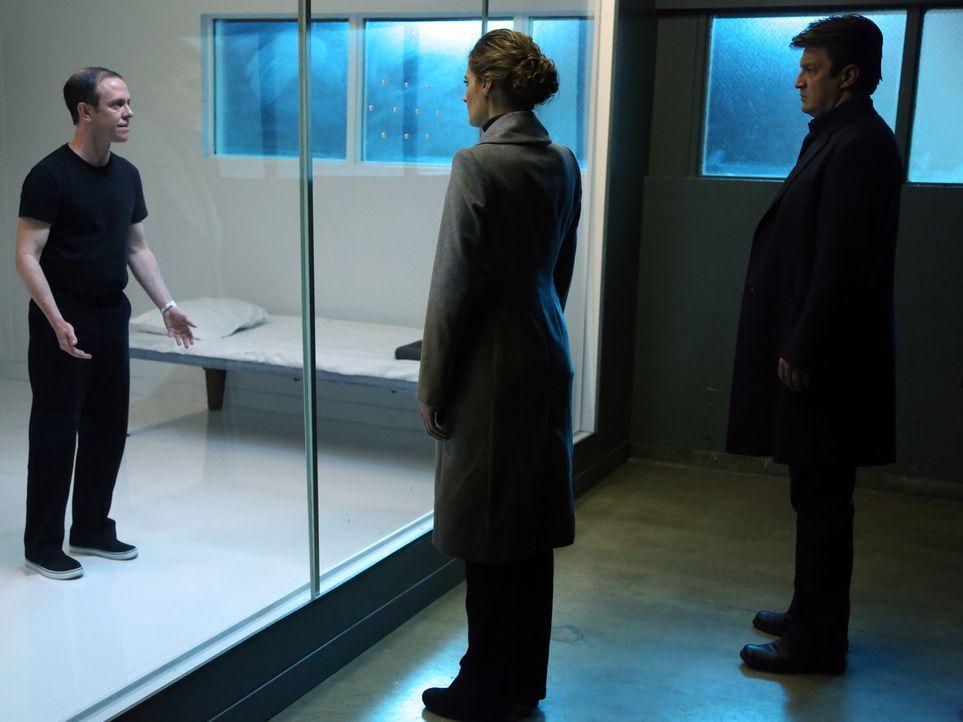 Bei den Ermittlungen in einem neuen Fall, stoßen Richard Castle (Nathan Fillion, r.) und Kate Beckett (Stana Katic, M.) auf Leopold Malloy (Sean Wh... - Bildquelle: ABC Studios