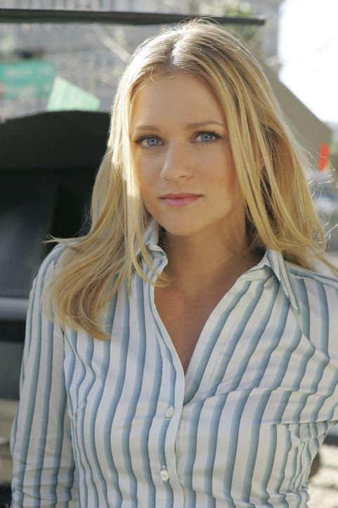 """Sind einem Serientäter auf der Spur: Jennifer """"J.J."""" Jareau (A.J. Cook) und ihre Kollegen ... - Bildquelle: Touchstone Television"""