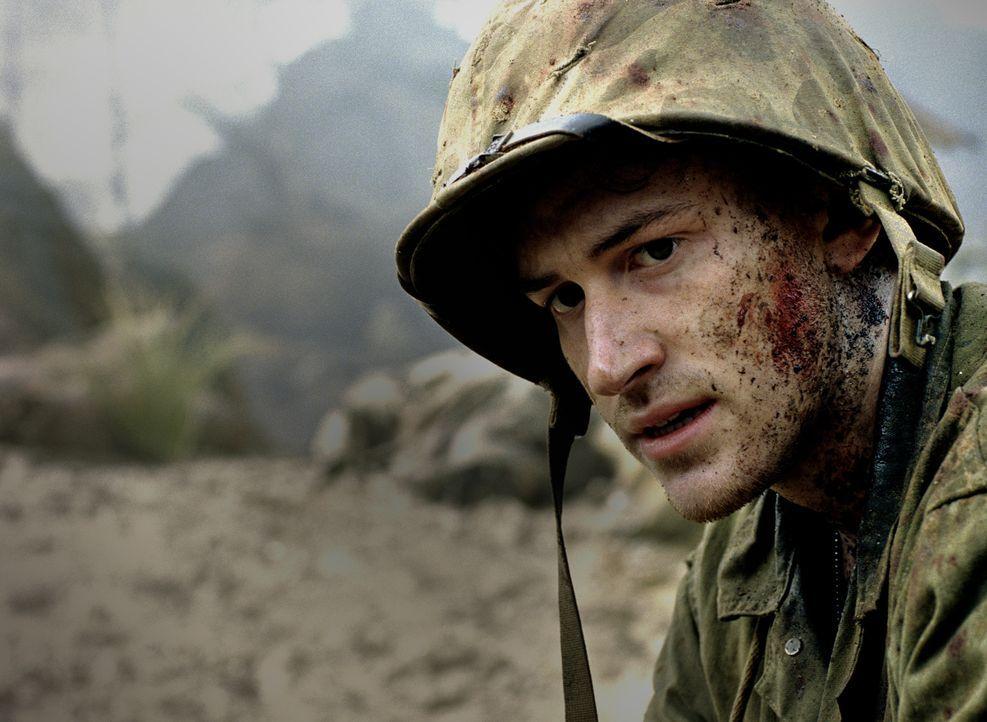 Droht an den schrecklichen Kriegserlebnissen zu zerbrechen: Eugene Sledge (Joe Mazzello) ... - Bildquelle: Home Box Office Inc. All Rights Reserved.