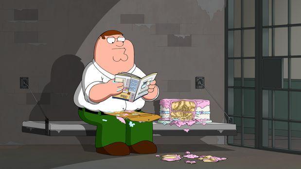 Peter lässt eine alte Couch vor dem Haus stehen, um dort mit seinen Kumpels B...