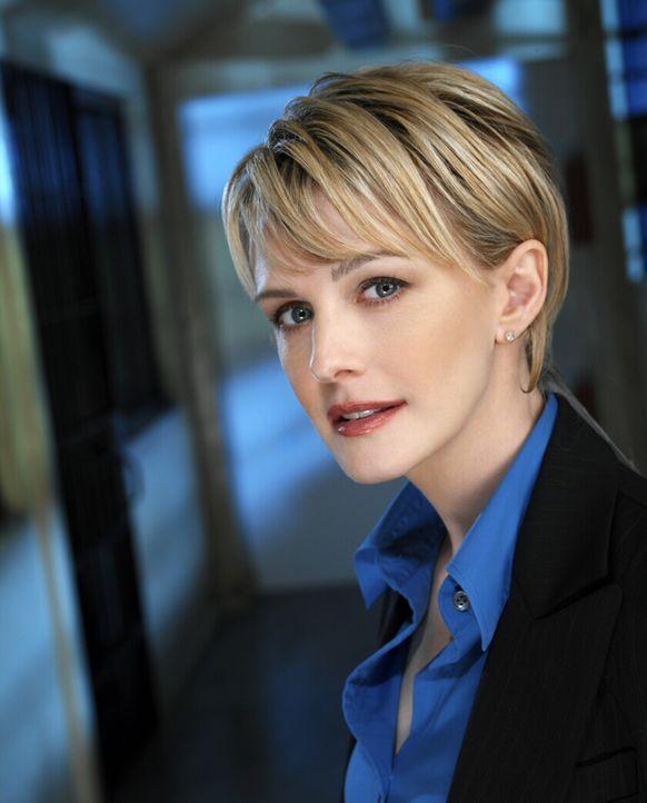 (3. Staffel) - Sie ist besitzt einen logisch, denkenden Verstand und die nötige Wärme, um sowohl ihre Fälle zu lösen, wie auch um sich in die Hinter... - Bildquelle: Warner Bros. Television
