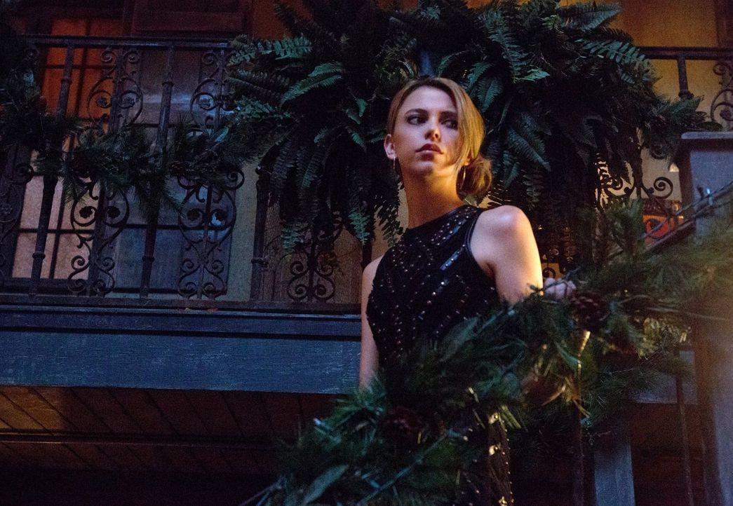 Muss Hayley von einer geliebten Person Abschied nehmen, während Freya (Riley Voelkel) sich auf einen weiteren großen Kampf vorbereitet? - Bildquelle: Warner Bros. Entertainment, Inc.