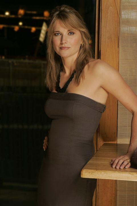 Mit Unterstützung ihres Ehemannes und einer Gruppe neugieriger Studenten kommt Maddy Rierdon (Lucy Lawless) einem erschreckenden Geheimnis auf die... - Bildquelle: 2005 Sony Pictures Television Inc. All Rights Reserved.