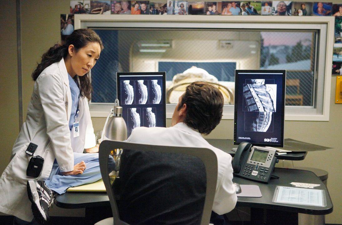 Als der Krankenhauslabortechniker Isaac herausfindet, dass er an einem inoperablen Tumor leidet, der sich um seine Wirbelsäule geschlungen hat, wend... - Bildquelle: Touchstone Television