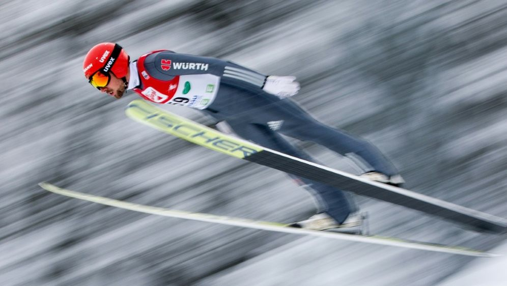 Johannes Rydzek sprang nur 120 Meter - Bildquelle: APAAFPSIDGEORG HOCHMUTH