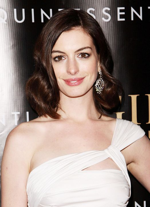 anne-hathaway-09-03-17-getty-afpjpg 1300 x 1791 - Bildquelle: getty-AFP
