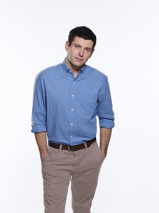 (2. Staffel) - Danny versucht, seinen Mitbewohner Justin (Brent Morin) und dessen Freunde in wahre Frauenhelden zu verwandeln. Doch das ist keine le... - Bildquelle: Warner Brothers